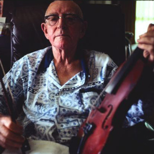 Old time fiddle player Taylor Kimble